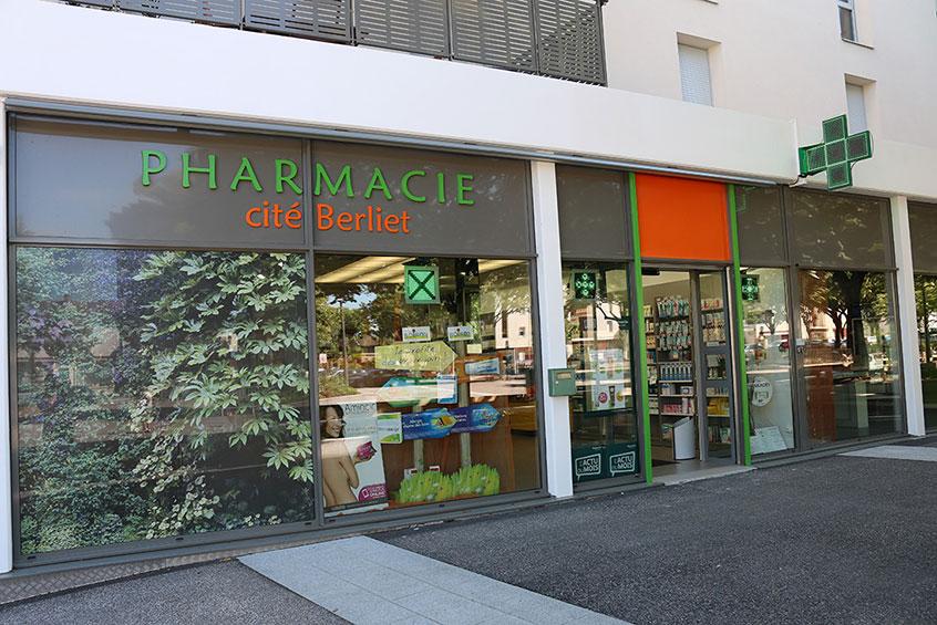 pharmacie cit berliet saint priest 69800. Black Bedroom Furniture Sets. Home Design Ideas